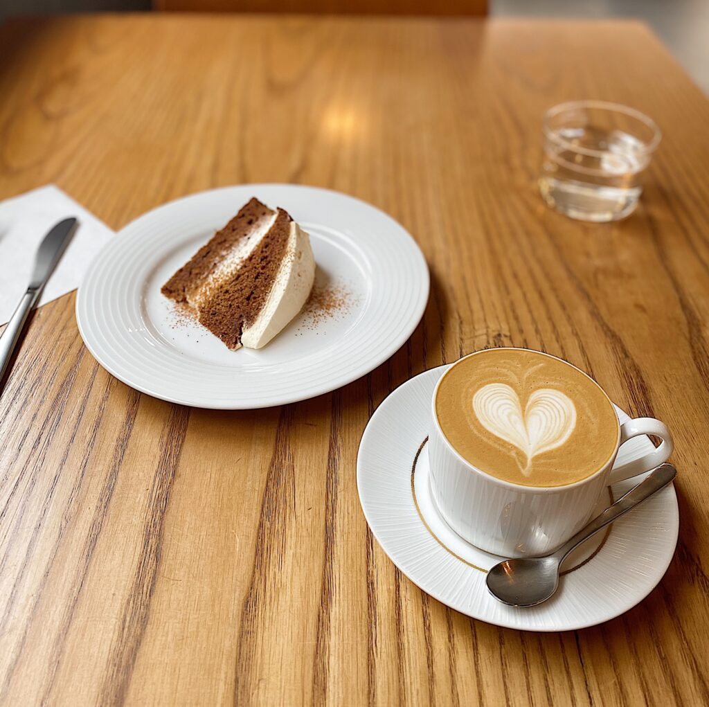thecoffeetable メイプルラテ